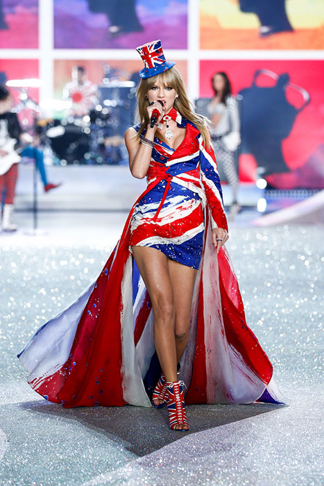 fashion-show-2013-music-taylor-swift-runway-british-hi-res