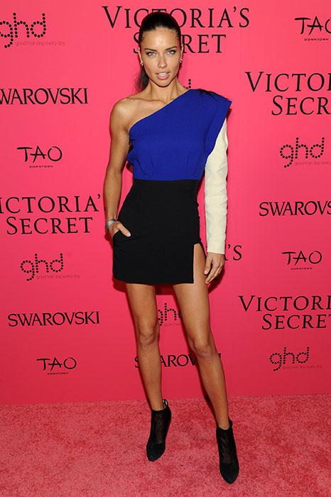 fashion-show-pink-carpet-2013-after-party-arrival-adriana-lima-victorias-secret-hi-res
