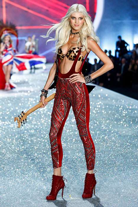 Music At Victoria's Secret Fashion Show 2013 fashion show runway